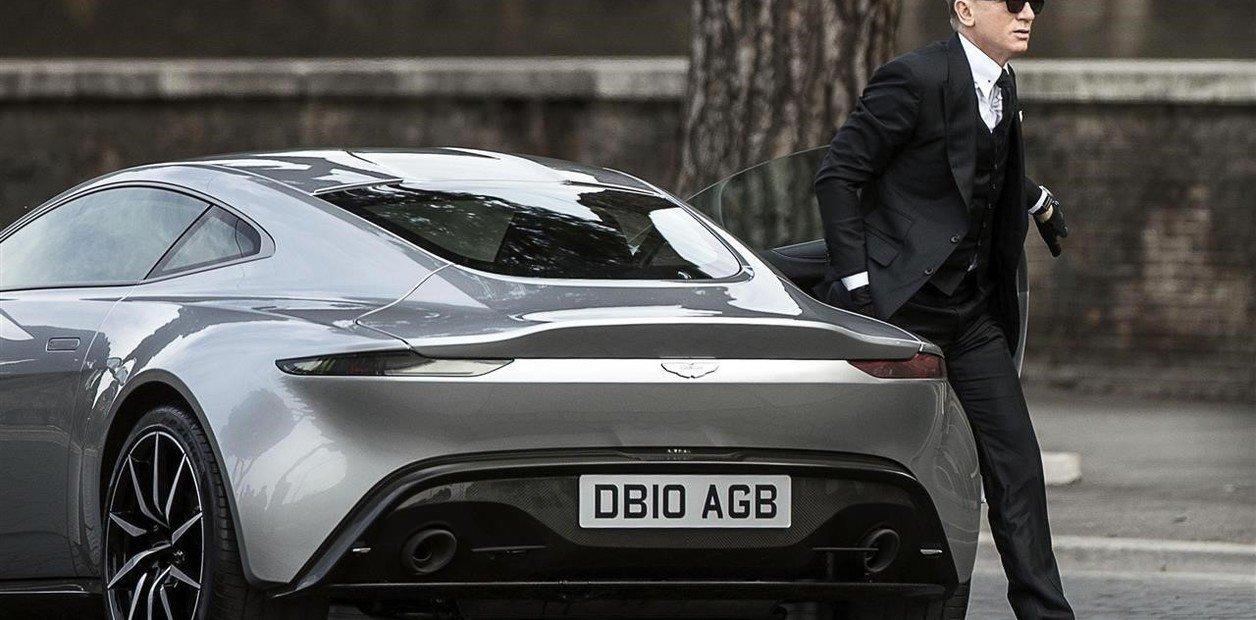 James Bond Manejará un auto eléctrico